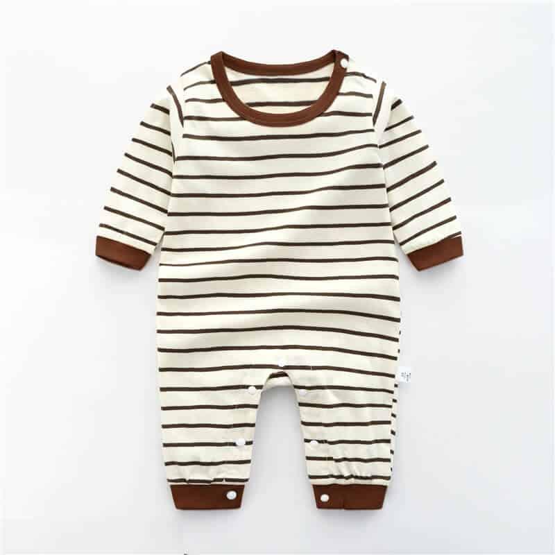 Lựa chọn quần áo cho bé trai 3 tháng tuổi vừa đẹp vừa chất lượng. 7