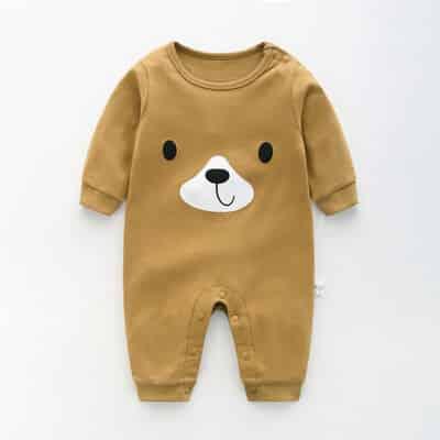 Lựa chọn quần áo cho bé trai 3 tháng tuổi vừa đẹp vừa chất lượng. 3